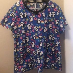 Dickies panda scrub top